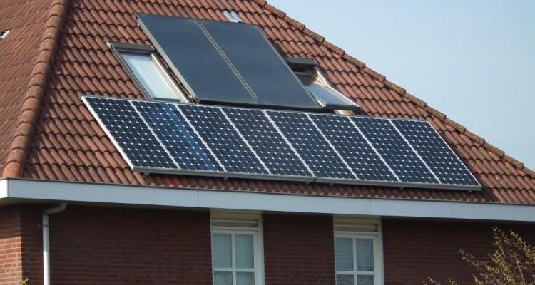 Zonnepaneel en zonnecollector; wat is het verschil?